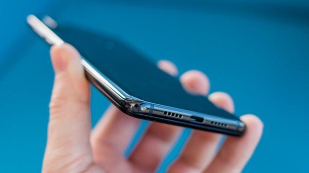 tidak ada jack 3,5 mm Xiaomi Mi Mix 3
